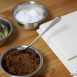 小さめのボウルが便利。調味料の小分け計量と調理前の下準備。