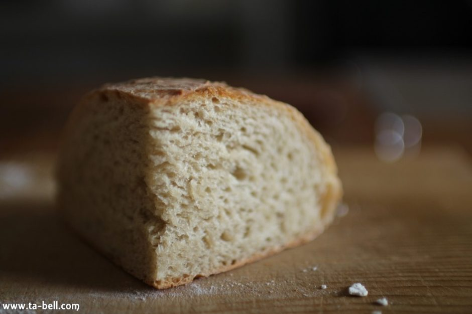 パン作りのクラムとクラスト
